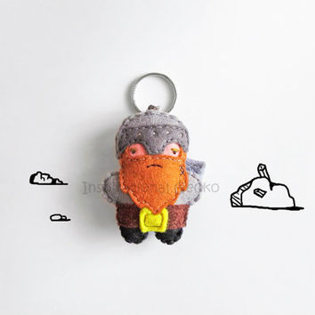 Fantasy Dwarf keychain plush, stuffed grumpy dwarf figurine, role play games character, cute fantasy accessory and geeky gift idea