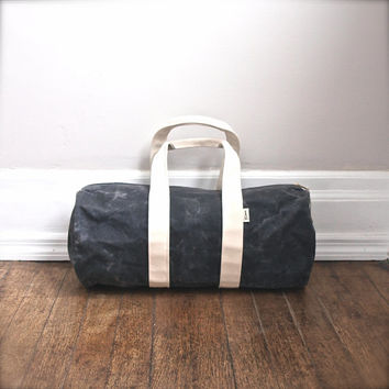 Duffle bag in waxed charcoal canvas - Volcano Store