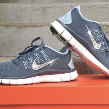 New In Box Women's Nike Free Run 5.0 Running Shoes [580591-660] Customized With Swarov