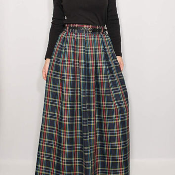 High waisted long skirt Navy pleated skirt with pockets