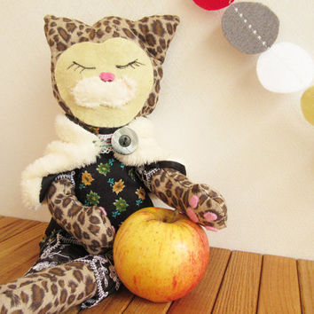 Soft Rag doll Cat PATTERN Cat with Jacket Soft Toy Halloween Thanksgiving Cloth Doll Instant Digital download