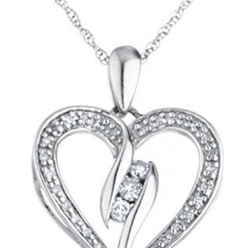 925 Sterling Silver 1/3 Cttw Diamond Heart Pendant with Elegant Design 18 Inch Singapore Necklace