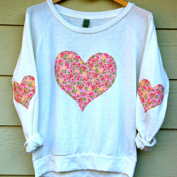 Heart Elbow Patch and Chest Applique Vintage Floral Slouchy Pullover