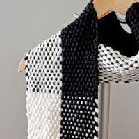 Chunky Scarf, Gift for Her, Scarf, Woven Scarf, Handwoven Scarf, Wool Scarf, Winter Scarf, Girlfriend Gift, Black and White Scarf, Under 50
