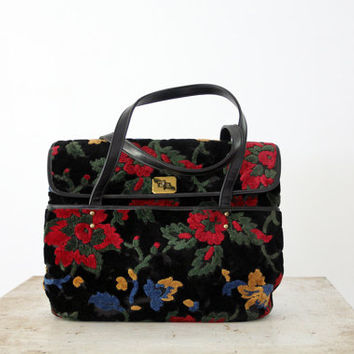 1960s Carpet Bag // The Carry All