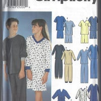 Simplicity 9867 Pattern for Kids' Pajamas, Nightshirt, Robe. Size 7 to 16. From 2001. FACTORY FOLDED, UNCUT. Designs by Karen Z