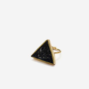 Pulp & Brass Triangle Ring