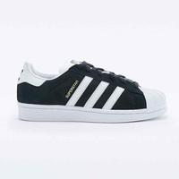 Adidas Superstar Trainers in Black and White - Urban Outfitters