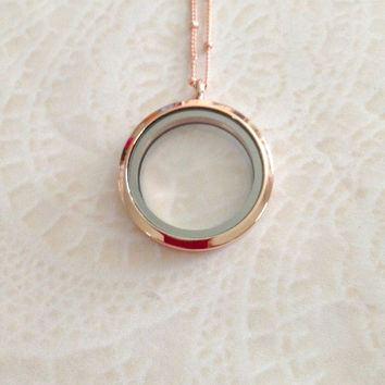 Large  Rose Gold 30mm Memory locket stainless steel and choice of chain