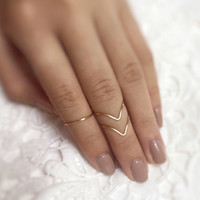 Gold Knuckle Ring Set // knuckle rings,midi knuckle rings,brass rings,stacking ring set,chevron,v shaped rings,ring set,bohemian jewelry