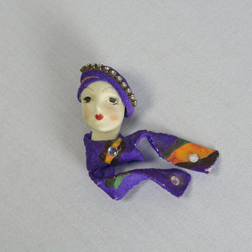 Vintage Porcelain Doll Face Pin Flapper Girl Fiber Scarf Art Brooch