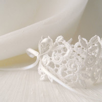 Lace Bracelet, bridal jewelry, cream, ivory, Bride,smaids Accessories,wedding, bridal, lace, jewelry, floral,