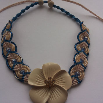 Beige and blue necklace