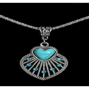 Tibetan Silver Seashell Pendant Necklace Alloy Crystal Turquoise Necklace