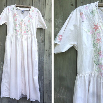 Vintage dress | 90s vintage white lace embroidered Indian cotton boho hippie maxi dress