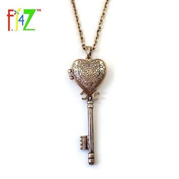 2017 Fashion Vintage Antique Bronze Heart Key Locket Pendant Long False Collar Necklaces Chain for women collier Bijoux