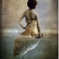 Hear Me Calling Figurative Canvas Wall Art Print by Catrin Welz-Stein