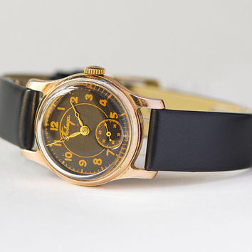 Vintage black tomboy watch Pobeda. Mid century women watch gift. Minimalist gold shade unisex watch. Tomboy watch 50s. Premium leather strap