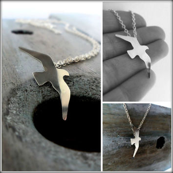 Sterling silver Seagull Pendant Necklace.  Nature inspired, Bird In Flight.