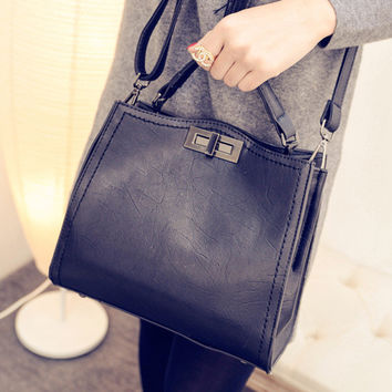 Women fashion handbags on sale = 4473300228
