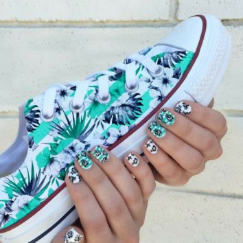 Castaway Converse Low Top