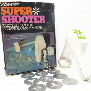Vintage Wearever Super Shooter Cookie Press Complete Electric Cookie Gun Canape Candy Maker