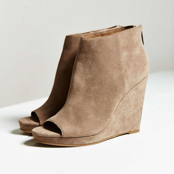 Dolce Vita Demy Wedge - Urban Outfitters