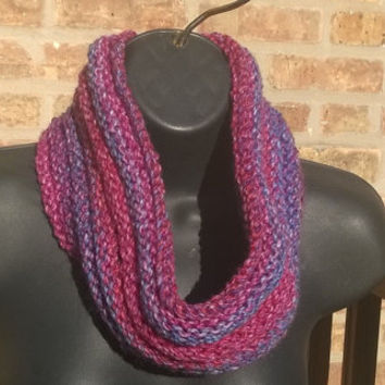 Ready to Ship - Knit Cowl in Berries - Chunky Scarf - Infinity Scarf
