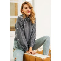 Be like a pearl with turtleneck knitted sweater