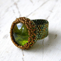 Statement ring, bold ring, bronze ana olive glass cabochon ring, big beaded ring, statement jewelry, beadwork ring, peyote ring, glass ring