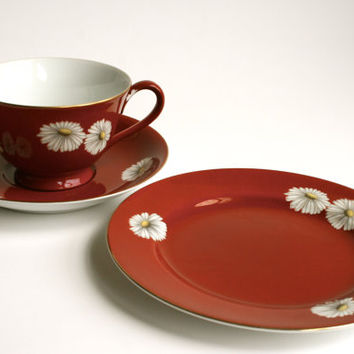 Noritake trio in Red Daisies pattern