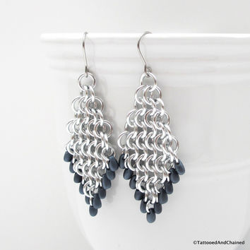 Beaded diamond shaped chainmaille earrings, Euro 4 in 1 weave
