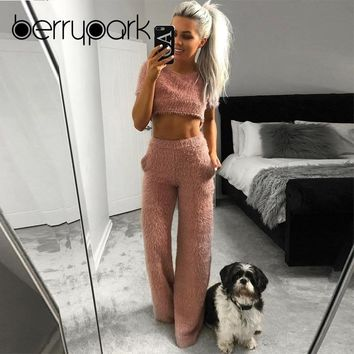 BerryPark Faux Fur Velvet Casual Home Clothes Women 2019 NEW Winter Flannel Crop Top and Loose Pants 2 Piece Set