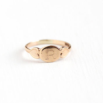 Vintage 10k Rose Gold Letter R Signet Heart Pinky Ring - 1930s Art Deco Size 2 Midi Petite Children's Signed BAB Fine Initial Jewelry
