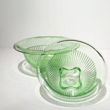 Set of 2 Federal Glass Green Glass Nesting Bowls, Green Depression Glass Mixing Bowl Set, Federal Glass Ribbed Depression Glass Mixing Bowls