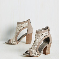 Your Pace or Mine? Heel | Mod Retro Vintage Heels | ModCloth.com
