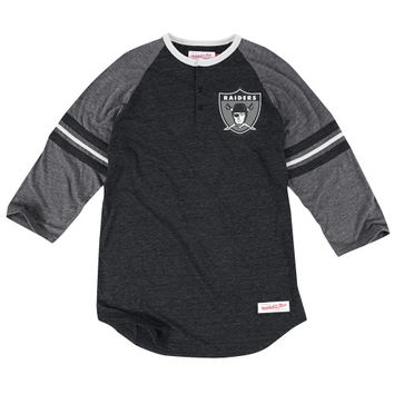 Oakland Raiders Mitchell & Ness Assistant Coach Three-Quarter Sleeve Tri-Blend Henley T-Shirt – Black