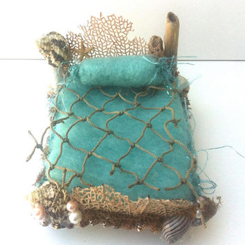 Forest Whimsy aqua Mermaid bed needle felted bedding, seashells, pearls, driftwood, OOAK Waldorf friendly dollhouse miniature