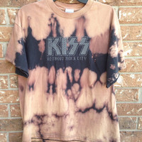 Kiss bleached tie dyed shirt soft grunge size Medium
