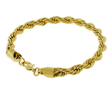 The Twisted Chain Bracelet in Gold