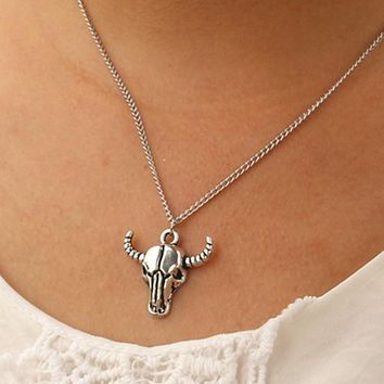 N937 Steampunk Pendant Men Bijoux Necklaces Totem Bison Buffalo Bull Head Skull Necklace Punk Fashion Jewelry Collares