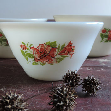 McKee Milk Glass Nesting Bowls 1940's Set of Three Vintage Salmon Floral Pattern Mixing Bowls Very Rare!!!