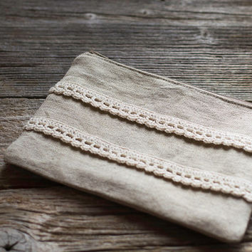 Linen and Cotton Zipper Pouch with Hand Crocheted Lace in Natural Colors, Cosmetic Bag, Shabby Chic Accessories