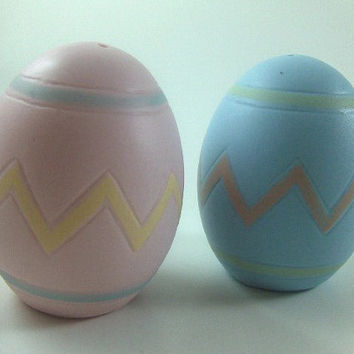 Vintage Salt and Pepper Shakers Bisque Porcelain Egg Shaped Shakers Easter Eggs Shakers Pink and Blue Shakers