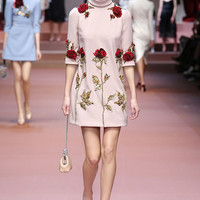 Dolce & Gabbana Women Fall Winter 2015 2016 Fashion Show