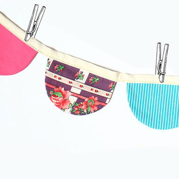 Birthday Pennant Flags - Party Decoration bunting banners - easy sewing pattern