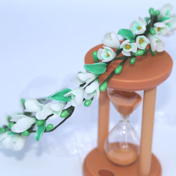 Wedding Hair Accessory / Wreath hair with flowers of snowdrop