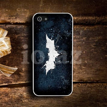 Cracked out glass Batman Design mobile Phone case