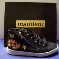 MADDENS NYC BLACK CANDSY WITH COLORFUL DECORATIONS NEW IN BOX