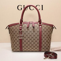 GUCCI  Clutch Messenger Bag  ECS025685